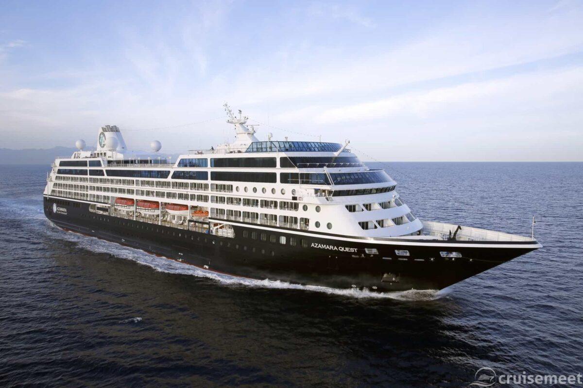 Azamara Quest at sea